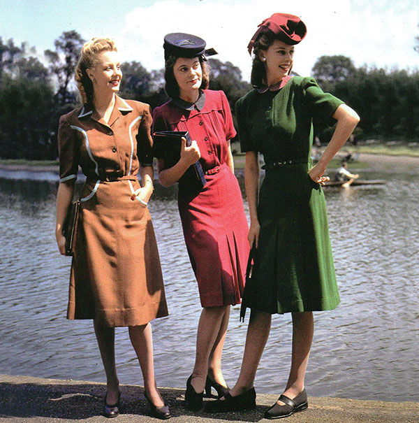 WW2-Dresses-1943-Designer-Norman-Hartnell-Photo-James-Jarche